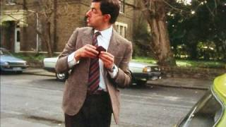 Car keys | Mr. Bean Official