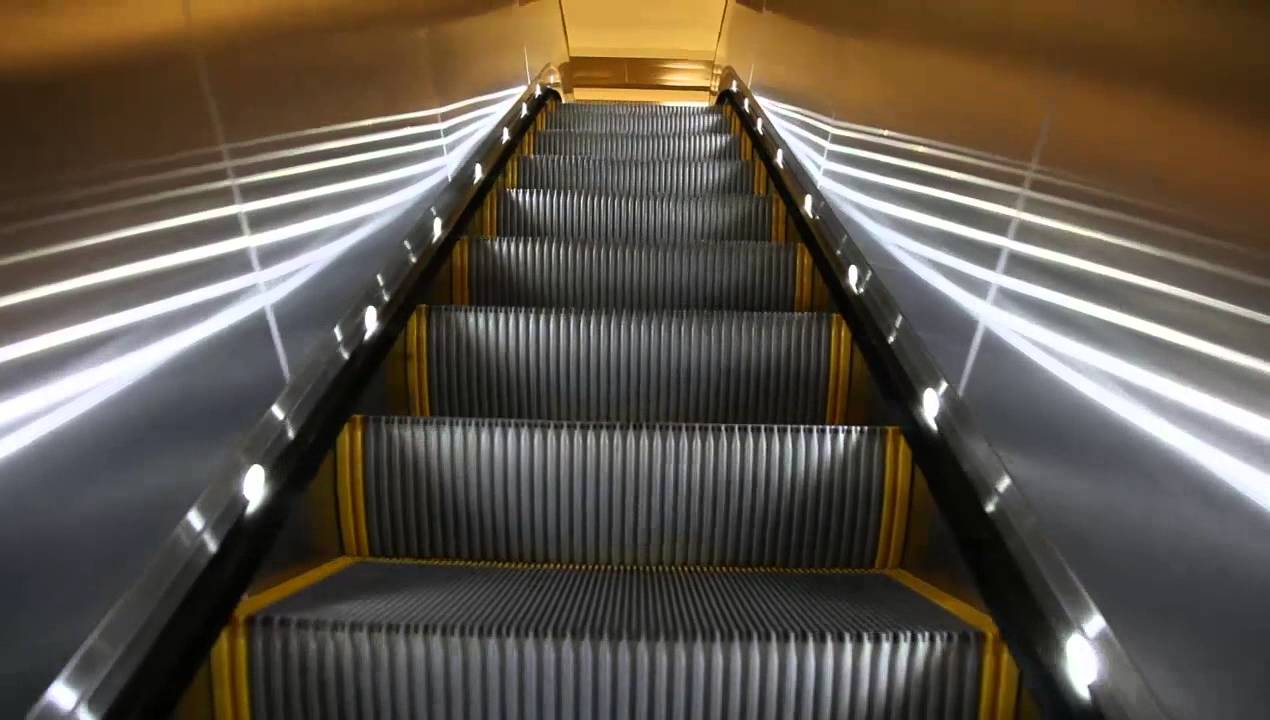 Modern Escalator at Airport (Rolltreppe) - YouTube