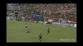 Gol de pared de los Mellizos Barros Schelotto