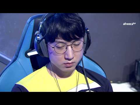 [GSL vs. the World 2017] Day3 Ro.8 Match2 INnoVation vs ByuN