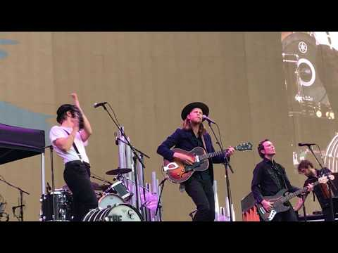 The Lumineers, Flowers In Your Hair (Live), 06.03.2017, Soldier Field, Chicago IL
