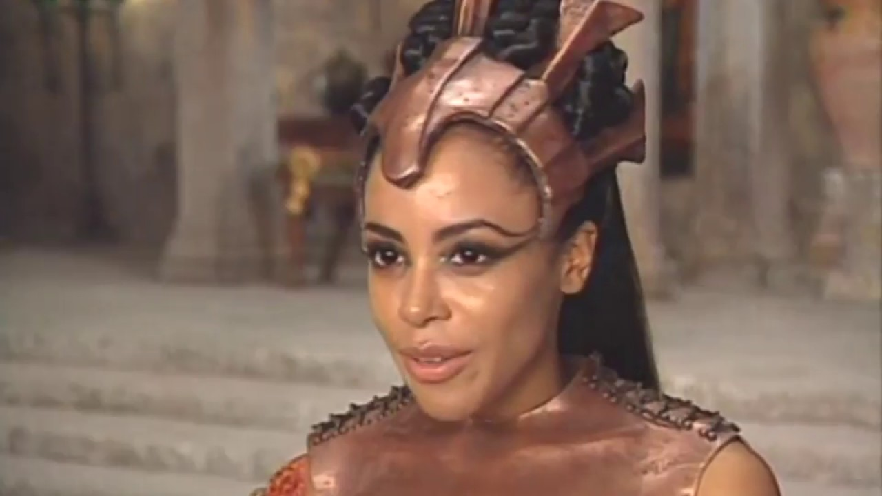 Queen Of The Damned Crew Interviews Ny Times Aaliyah Pl Youtube