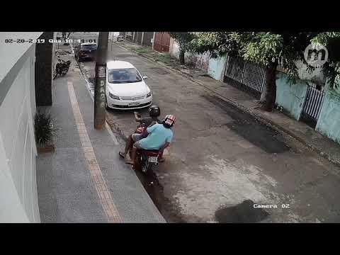 Criança é perseguida por assaltante quando voltava da escola no Santo Antônio