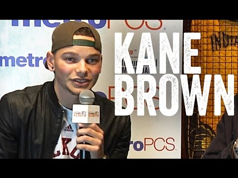 Kane Brown - Talks Tour, Lauren Alaina, and His Journey