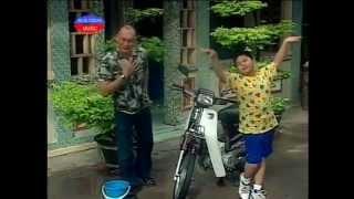 Hai Con Nuoi Ga Trong (Duy Phuong, Duy Phuoc)