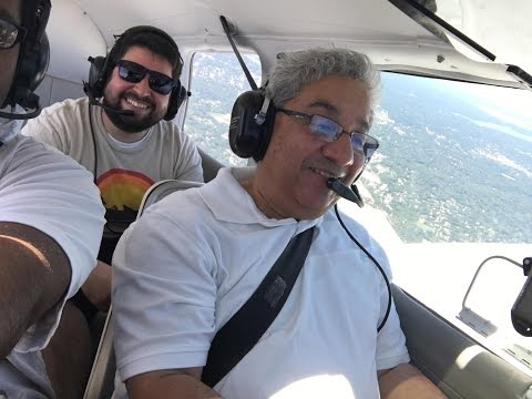 Flying a Piper PA-28 - Global Aviation FRG to BDR
