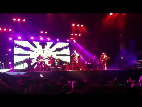 Yeditepe üniversitesi MFÖ Konseri Hep Yaşın 19 2012