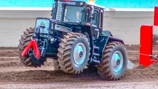 RC tractor pulling! BIG FUN in small scale!
