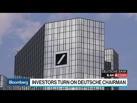 Deutsche Bank CEO Signals 'Far-Reaching Changes' at Annual Meeting