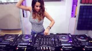 DJ Juicy M-L ive Mix
