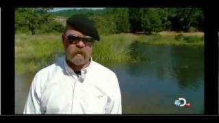"Wallace Spearmon - Mythbuster ""Walking On Water"""