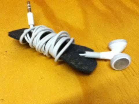 How to Make a Headphone Holder - Simple Earphone Cable Holder - Organise Your Earbud Cable