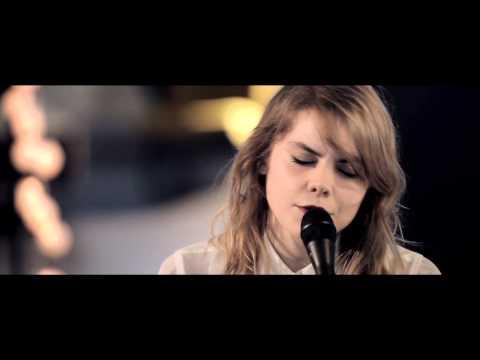 Coeur De Pirate - You Know I'm No Good (Trauma) - Live Deezer Session