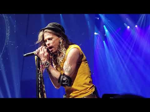 aerosmith-plays-i-don't-want-to-miss-a-thing-at-park-mgm-theater-in-las-vegas-apr-6-2019