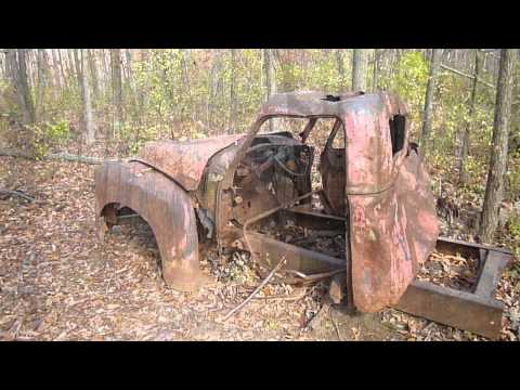 Fall hike and old truck found at Darby Creek Park 10-21-12