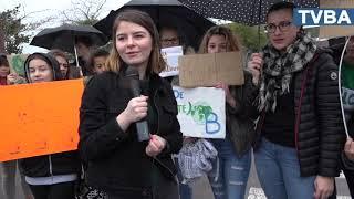 Les collégiens d'Henri Dheurle manifestent pour le climat