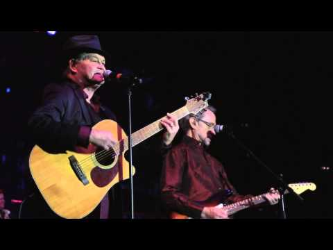 """The Monkees - """"Last Train To Clarksville"""" (Official Live Video)"""