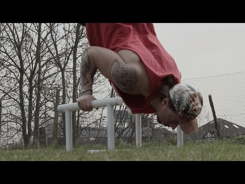 How to do handstand push ups on parallettes (calisthenics x tutorial)