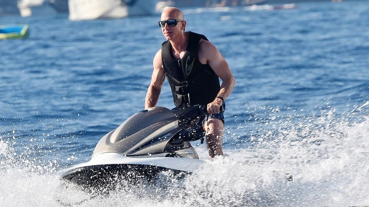 Download Where Do Billionaires Go On Vacation?