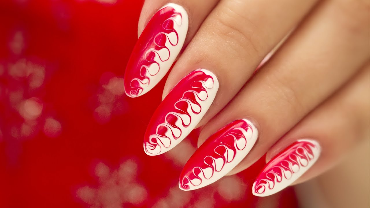 Christmas Gel Nail Art Two Tone Swirl