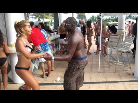 Miami Salsa Congress Pool Party 2012 - Shines with Juan Matos
