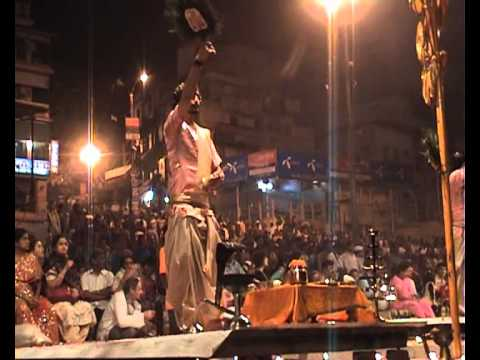 Varanasi: Ganga Aarti Puja (evening ceremony)