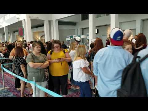 Mason - Hundreds Turn Out for American Idol Auditions in Mobile