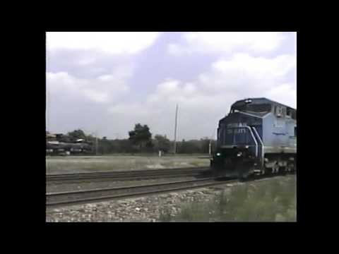 A Sunny Day to watch trains.  Conrail action at Alliance.