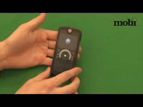 Обзор Motorola ROKR E8