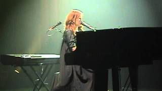 TORI AMOS & APOLLON MUSAGETE - Your Ghost (Live in Rome)