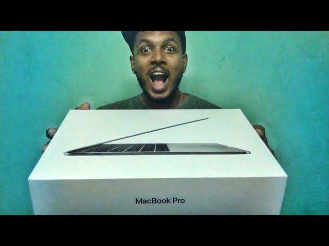 macbook-pro-unboxing-first-impression-apple-karthik-surya