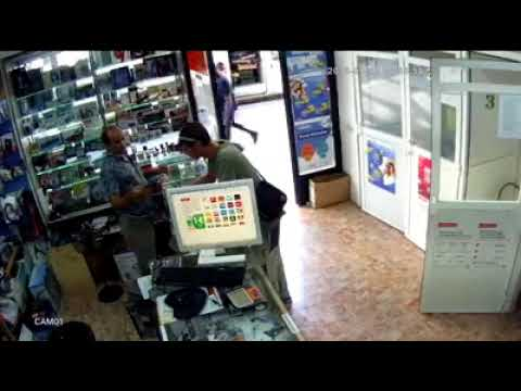 Mobile Robbery Caught on Camera l Madrid, Spain