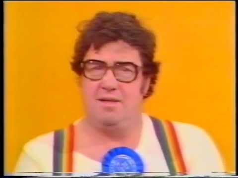 Frank Carson on Tiswas  The classic Laughing Bit!