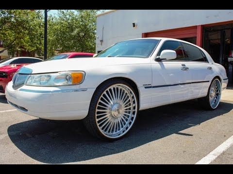 Lincoln Towncar On 26 Inch Homage Wheels In Hd Youtube