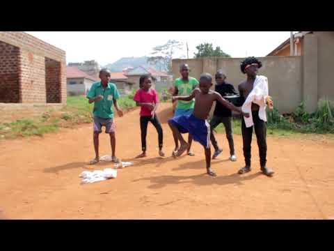 Bobi Wine - Kyarenga [Dance Video] by Wembly MO Foundation 2018 Sandrigo Promotar