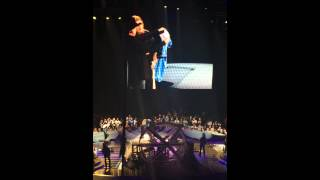 Happy Birthday Trisha Yearwood!!! Garth Brooks World Tour 2014 Atlanta 9/19 (late show)