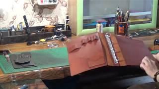 Обзор нескольких изделий ручной работы из кожи.