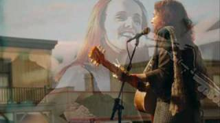 Watch Patty Griffin Mil Besos video