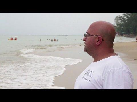 Survivor recounts horror of 2004 tsunami