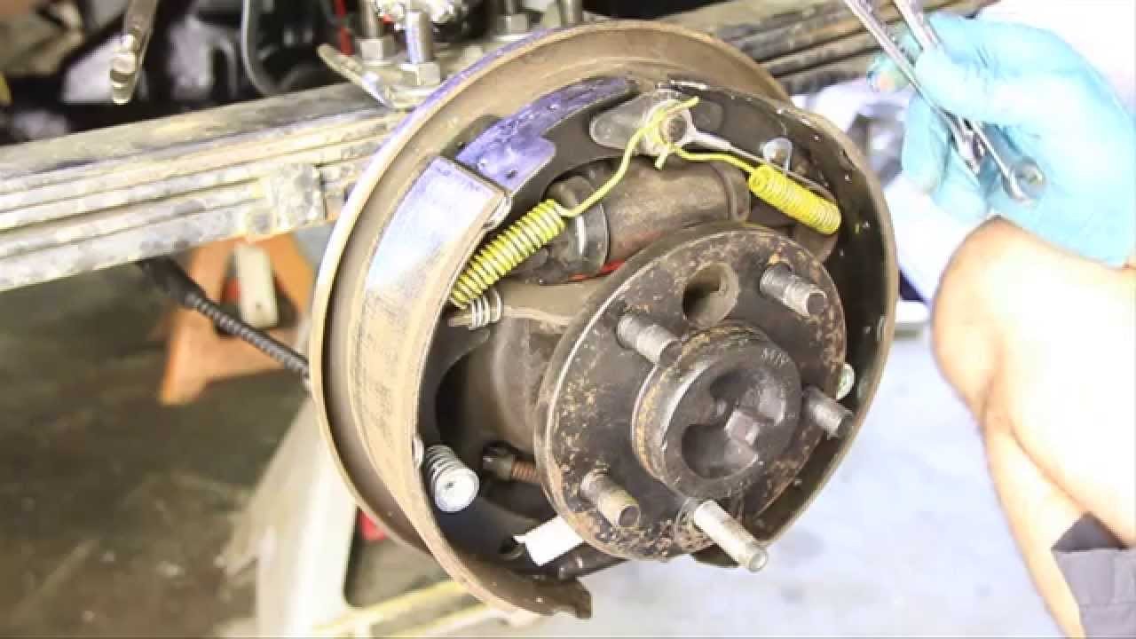how to change a wheel cylinder without removing the brakes [ 1280 x 720 Pixel ]