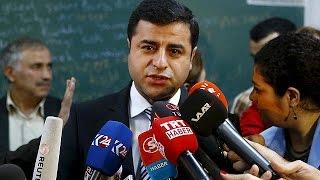 Turquie : le leader pro-kurde Selahattin Demirtas échappe à une tentative d