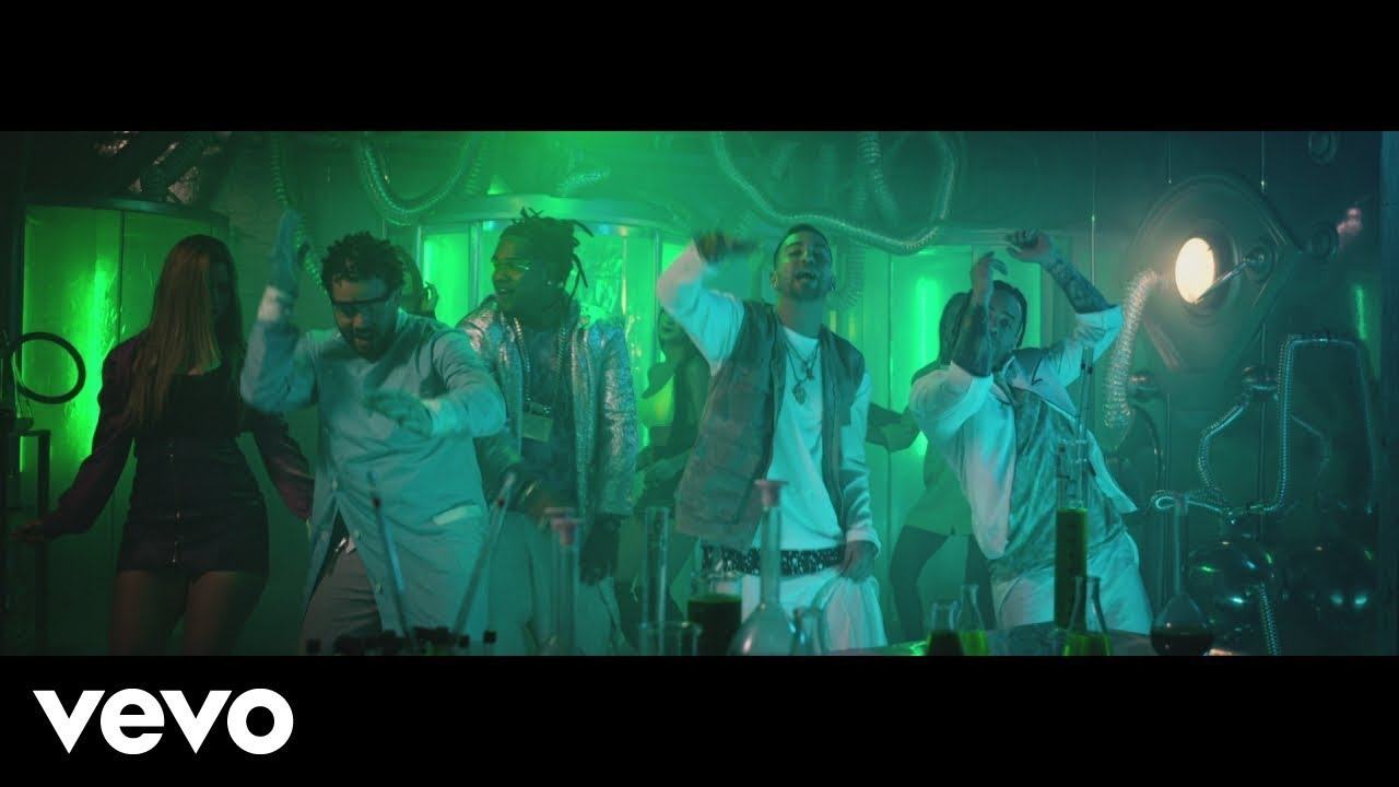 Download Maffio, Justin Quiles, Nacho - Cristina (Official Video) ft. Shelow Shaq
