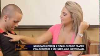 Teste de Fidelidade: Ester tira a blusa e provoca testado com 'fartura' (7)