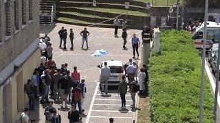 Suicidio all'Universià Roma Tre, 26enne si spara un colpo in testa nel piazzale