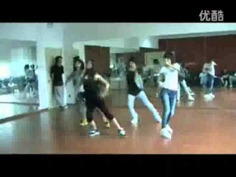 太麦练习生-Taihe Rye Trainees Dancing Hyunah's《change》.mp4