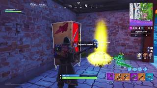 Fortnite THE RED VENDING MACHINE ALL FREE LEGENDARY