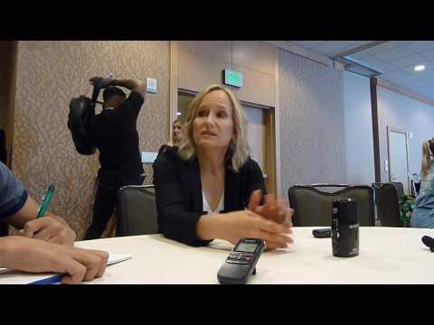 SDCC 2017:  Arrow: Executive Producer Wendy Mericle