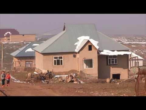 """В Шымкенте запретят строить саманные дома и вернут """"украденные тротуары"""""""