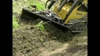 Mini Skid Steer Attachment: Dozer Blade | Vermeer Tree Care Equipment