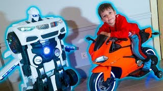 Funny Tema ride on Sportbike and Play with toys Robot car TRANSFORMER
